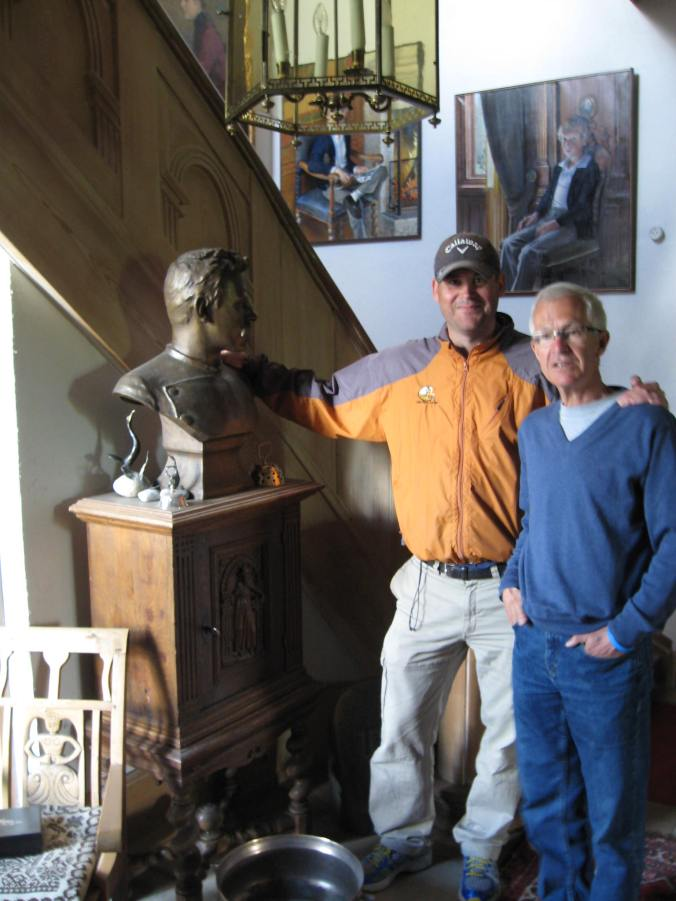Nils & Jack with bust of Fridtjof Nansen