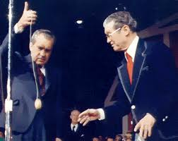 Nixon, a real yo-yo