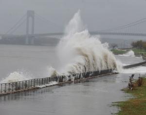 Hurricane Sandy Roars Ashore