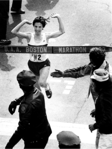 Joanie 2:22:43 Boston 1983