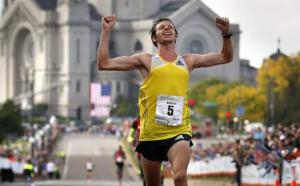 Nick Arciniaga Wins National Championship Marathon