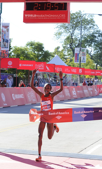 Rita Jeptoo wins Chicago in fastest time of 2013