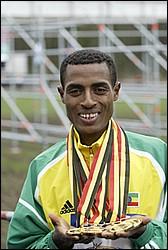 2014 Paris Marathon champion Keninisa Bekele