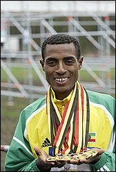 2014 Paris Marathon champion Kenenisa Bekele