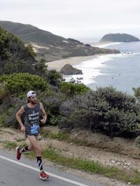 Michael Wardian winning Big Sur Marathon last Sunday