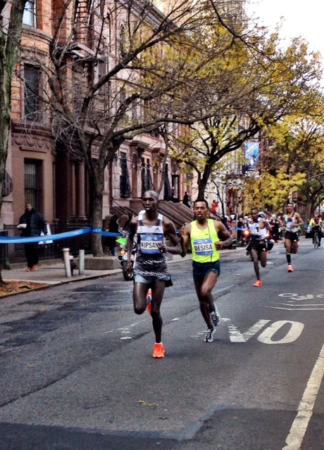 Four becomes two as Kipsang and Desisa leave Mutai and GG