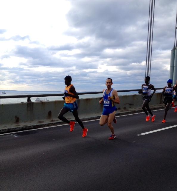 Peter Kirui leads off the Verrazano Narrows Bridge