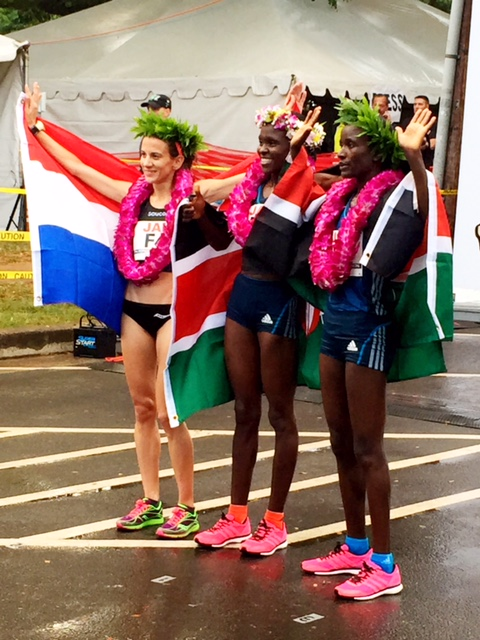 The women's podium placers:  Lisa Nemec, Croatia in 2nd (2:31:35); champ Joyce Chepkirui, Kenya (2:30:23 PR); Isabella Ochichi, Kenya in 3rd, 2:32:22.