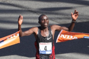 2012 LA Champion Simon Njoroge of Kenya