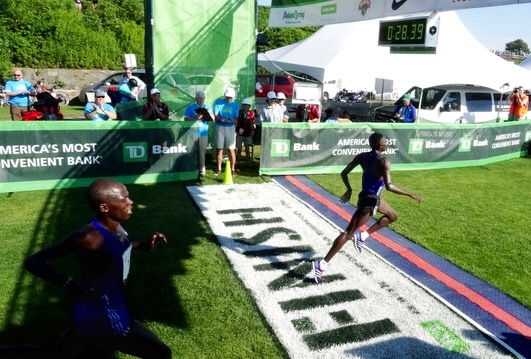 UGANDA'S MOSES KIPSIRO NIPS KENYA'S SALEL FOR 2ND